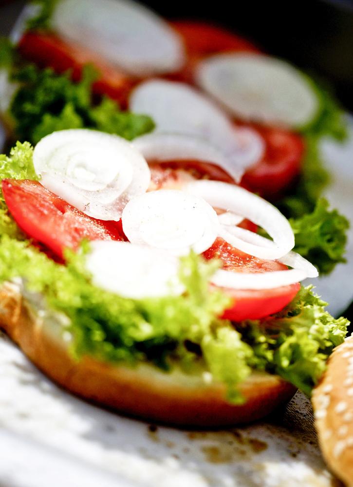Food_Fotografie_1_Grillen_Fleisch_Burger_Amerikanisch_Ralf_Lindenau