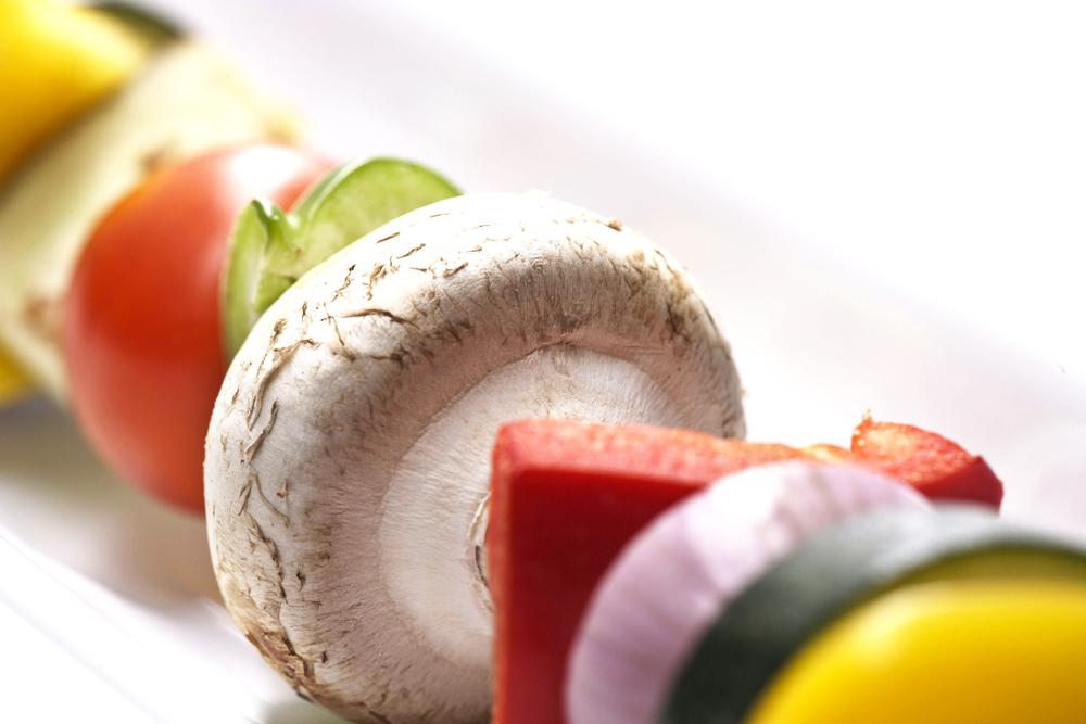 Food_Fotografie_1_Grillen_Spiess_Exotisch_Vegetrarisch_Brokoli_Tomate_Ralf_Lindenau