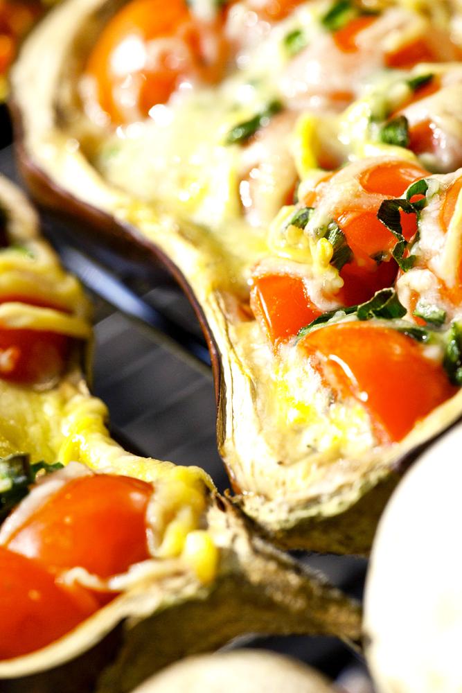 Food_Fotografie_2_Grillen_Exotisch_Vegetarisch_Aubergine_Tomate_Ralf_Lindenau